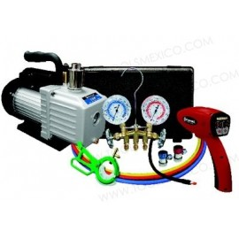 Kit con bomba A/C, detector de fugas y juego de manómetros.