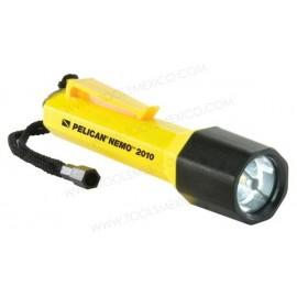 Linterna Nemo™ Recoil™ LED.