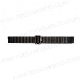 Cinturón con hebilla de plástico 1.75'' de ancho.
